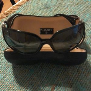 Chanel 6014 Logo Sunglasses